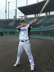 #11 栗山 賢 投手