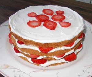 いちごのミルフィーユケーキ