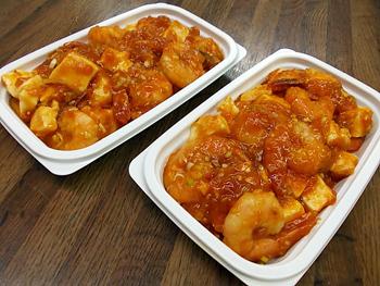 エビと豆腐のエビチリソース