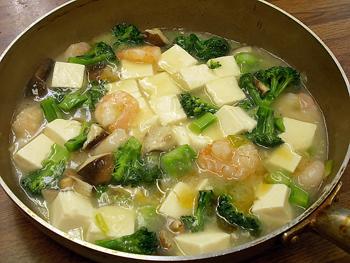 エビと豆腐の煮込み