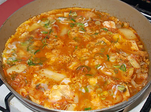 キムチ豆腐の卵とじ