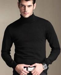 鉄板黒のタートルネックセーター!