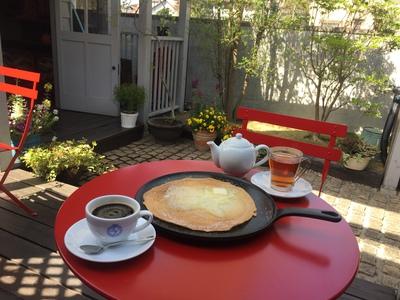 カフェ・ドローム(CAFE・DROME)>