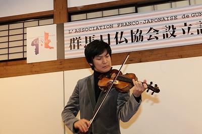 成田達輝さん
