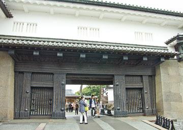 金沢観光/金沢城と石垣 ♪
