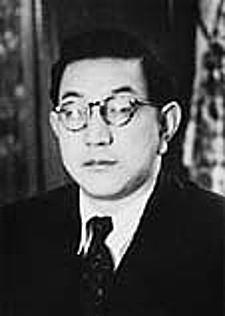 昭和22年小島弘一高崎市長(36歳)とか。
