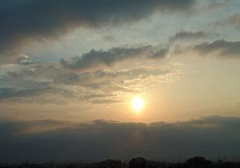 今朝の雲とお日さま ♪