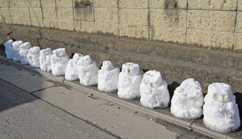 雪が残るこもち村 ♪