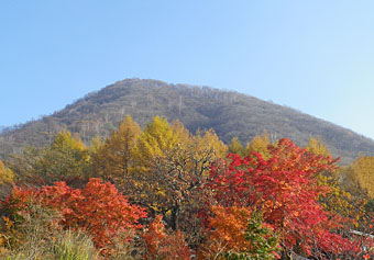 榛名湖畔の紅葉 ♪