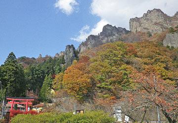 妙義山 中之岳神社の紅葉 ♪