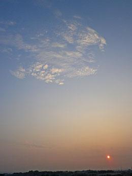 お日さまと雲 ♪