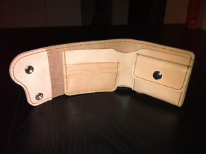 財布の制作