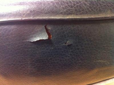 バイクシートの施工(其の四)シートの破れ修復