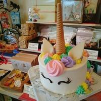『色んなお誕生日ケーキ』