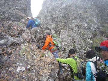 八ヶ岳(硫黄岳~横岳)ツクモグサを求めて 3