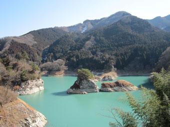 神流湖の景色