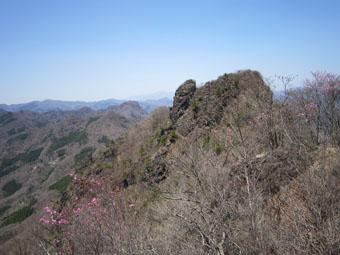 四ツ又山から鹿岳へ