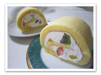 ロールケーキといちご大福