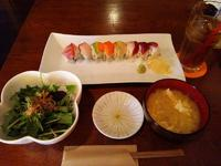 オシャレなロール寿司のお店♪