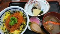 寺泊で…お食事…