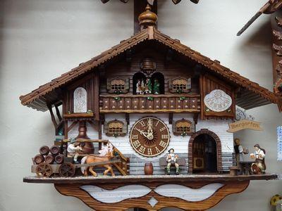 沼田のドイツ・シュヴァルツヴァルト時計協会認定店