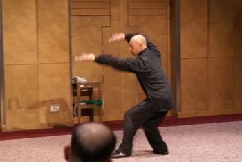日中武術交流協会群馬支部のご案内01(概要)