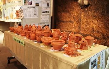 埴輪作り作品展を開催しています!