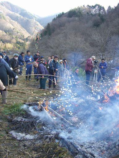 冬の山里に行こう どんどん焼き点火編
